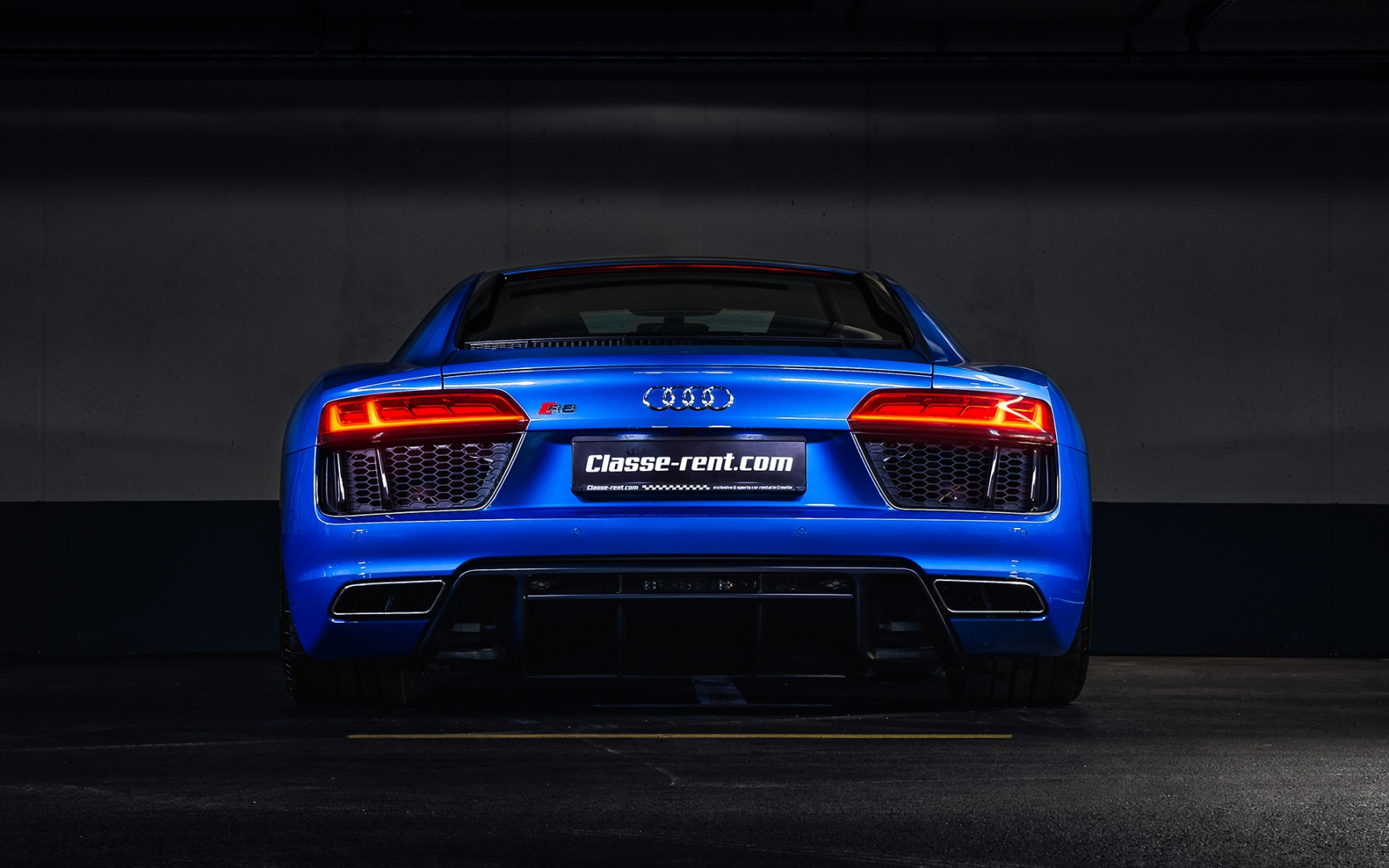 Audi R8 V10 Coupe Personal Vehicle