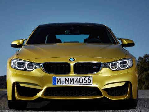 BMW M4 3.0 R6 turbo DCT
